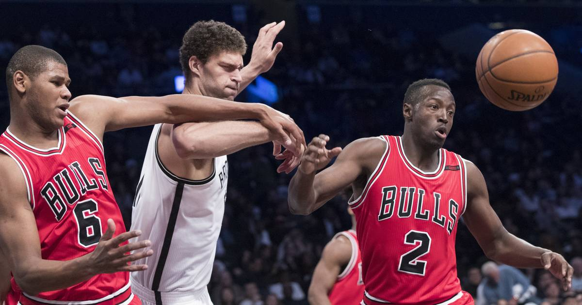 Dinwiddie Comes Back To Haunt Bulls In Loss To Brooklyn