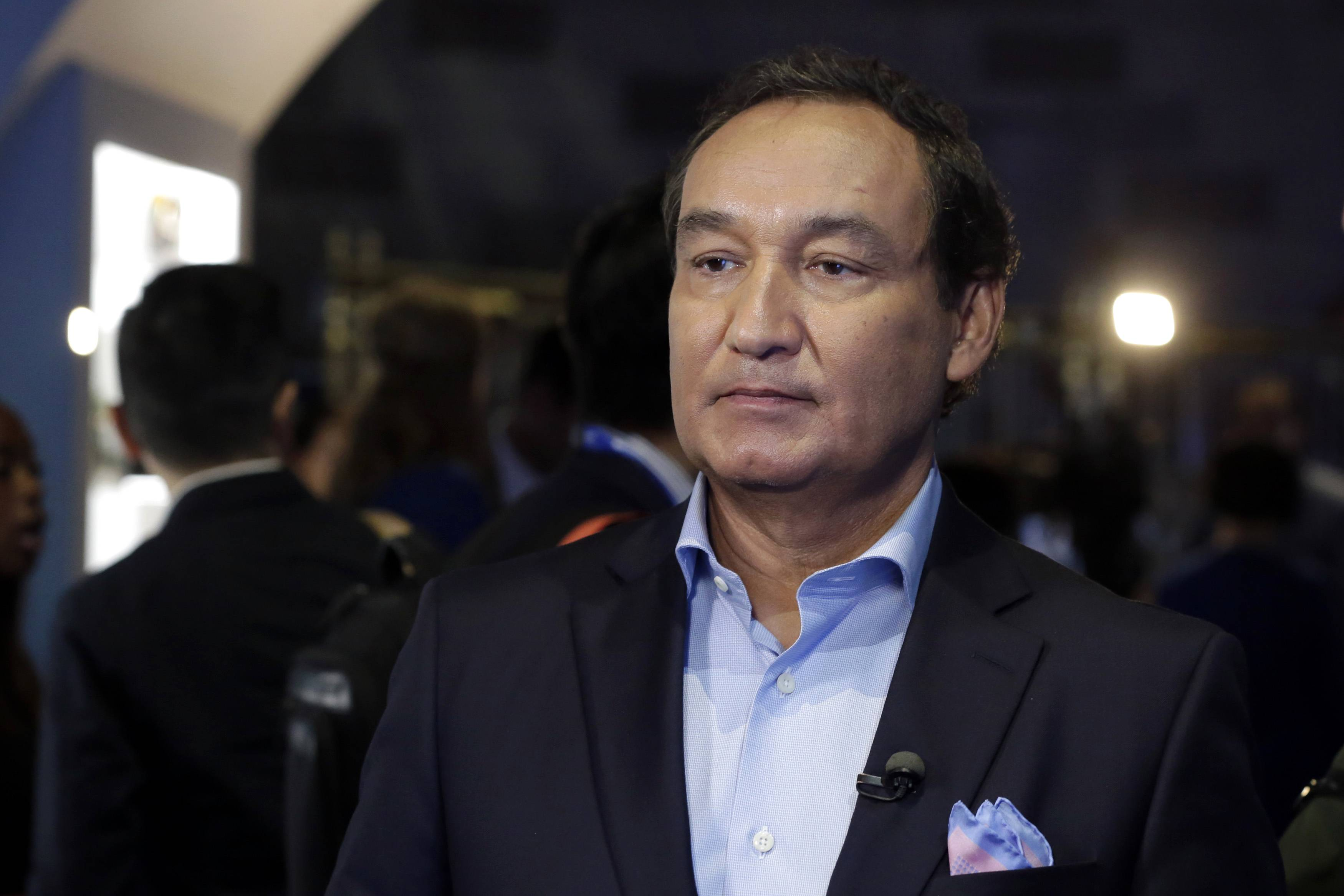 United CEO Oscar Munoz: The rise and fall of PRWeek's 'Communicator of the Year'