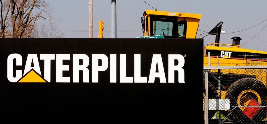 Caterpillar Inc. said Wednesday it will move its new global headquarters to Deerfield.