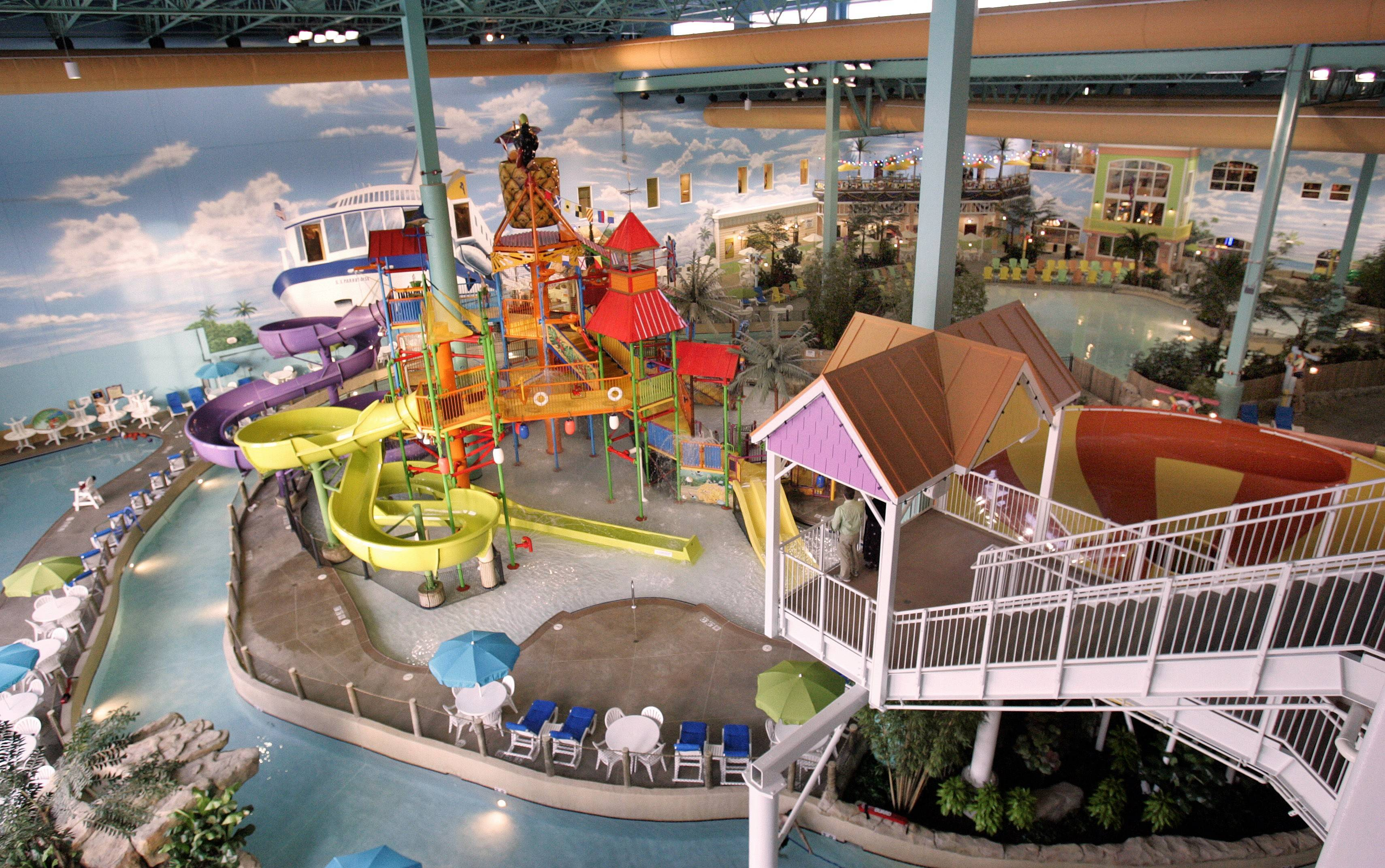 This was the scene when KeyLime Cove Indoor Waterpark Resort opened in Gurnee in 2008.