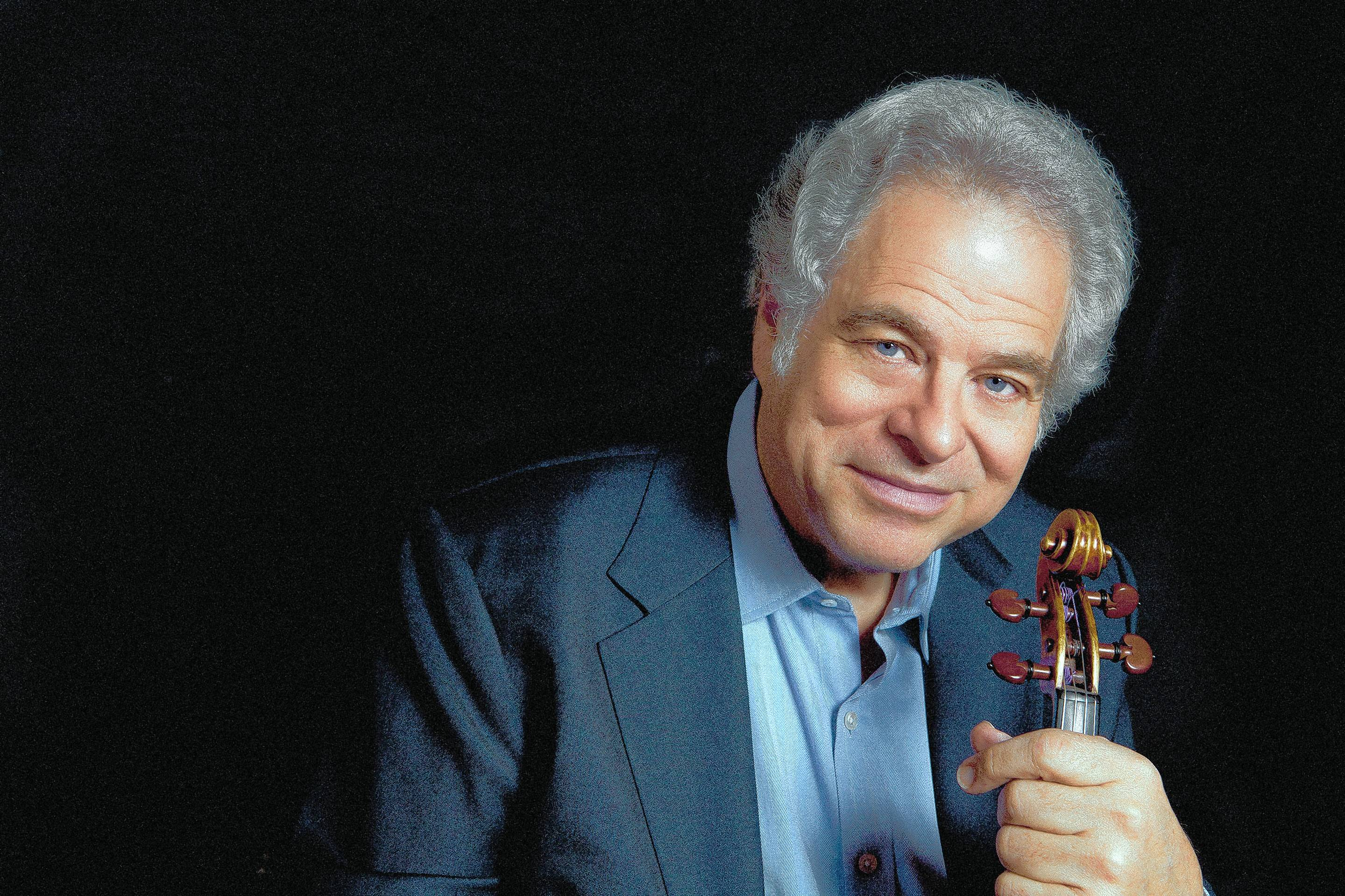 Violinist Itzhak Perlman performs at the Lyric Opera of Chicago on Sunday, April 23.