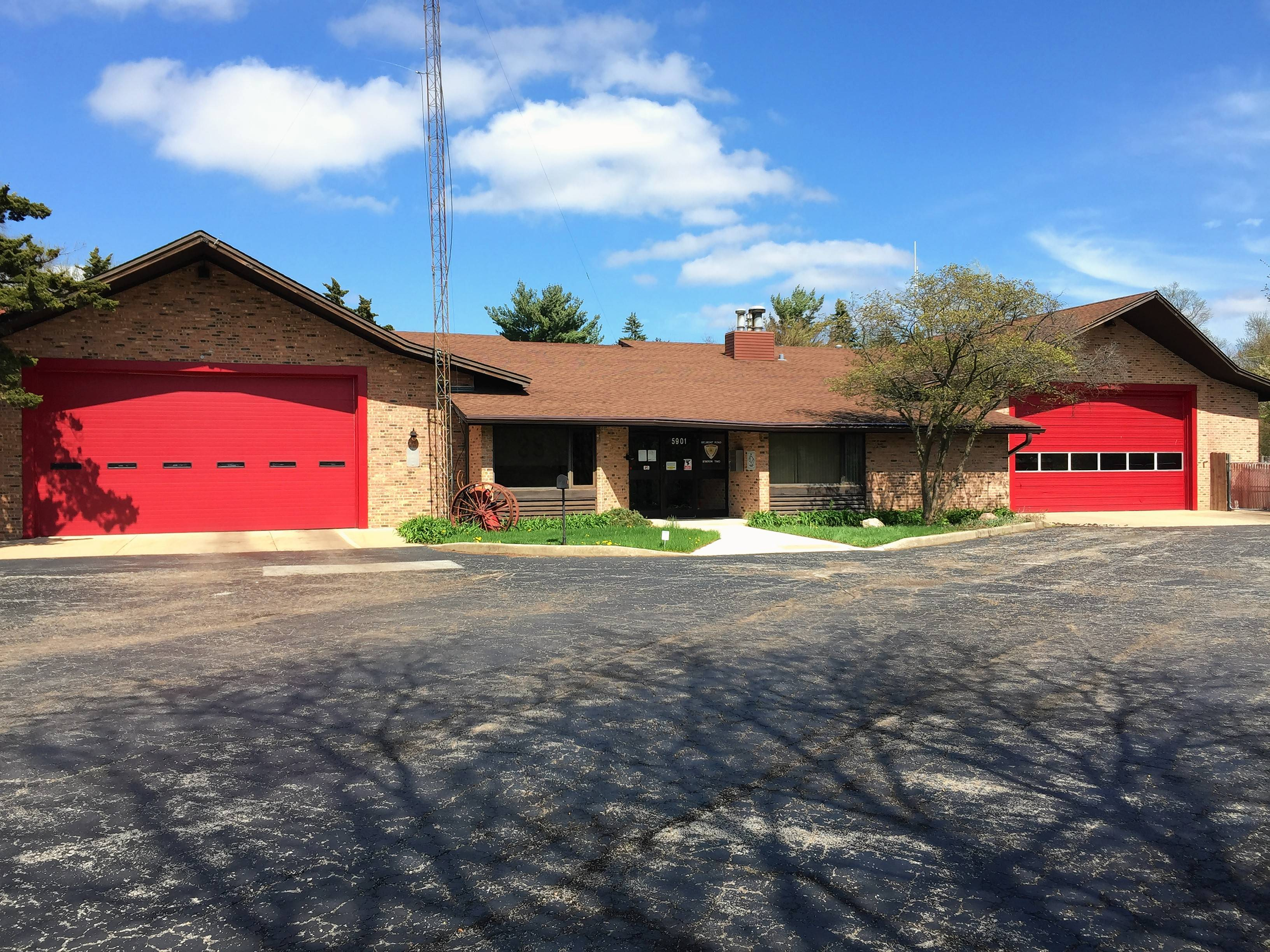 Plan to close fire station irks residents near Downers Grove