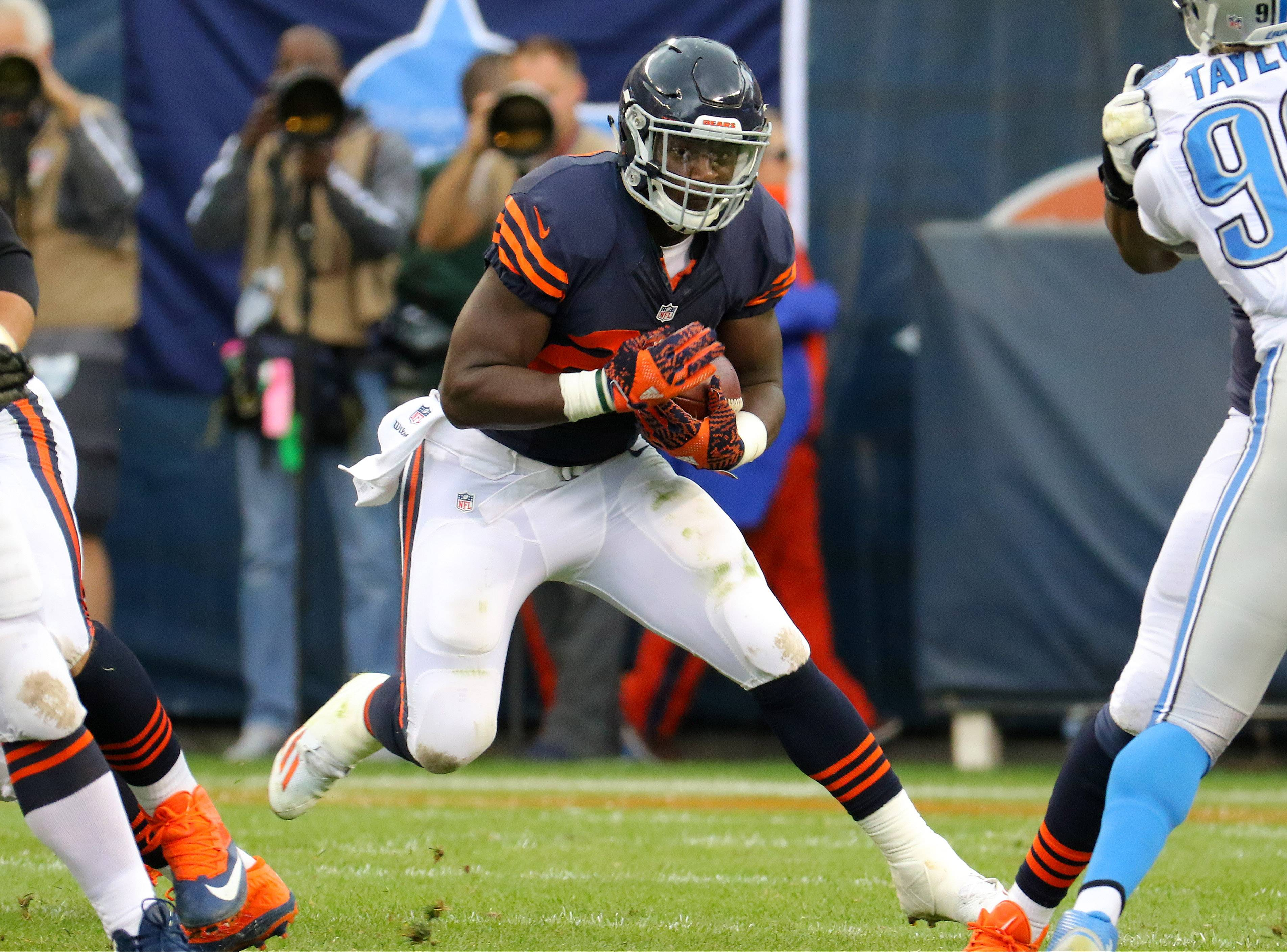 Chicago Bears running back Jordan Howard, who was honored with a Piccolo Award this week, says his goal is to become the best running back in the NFL.
