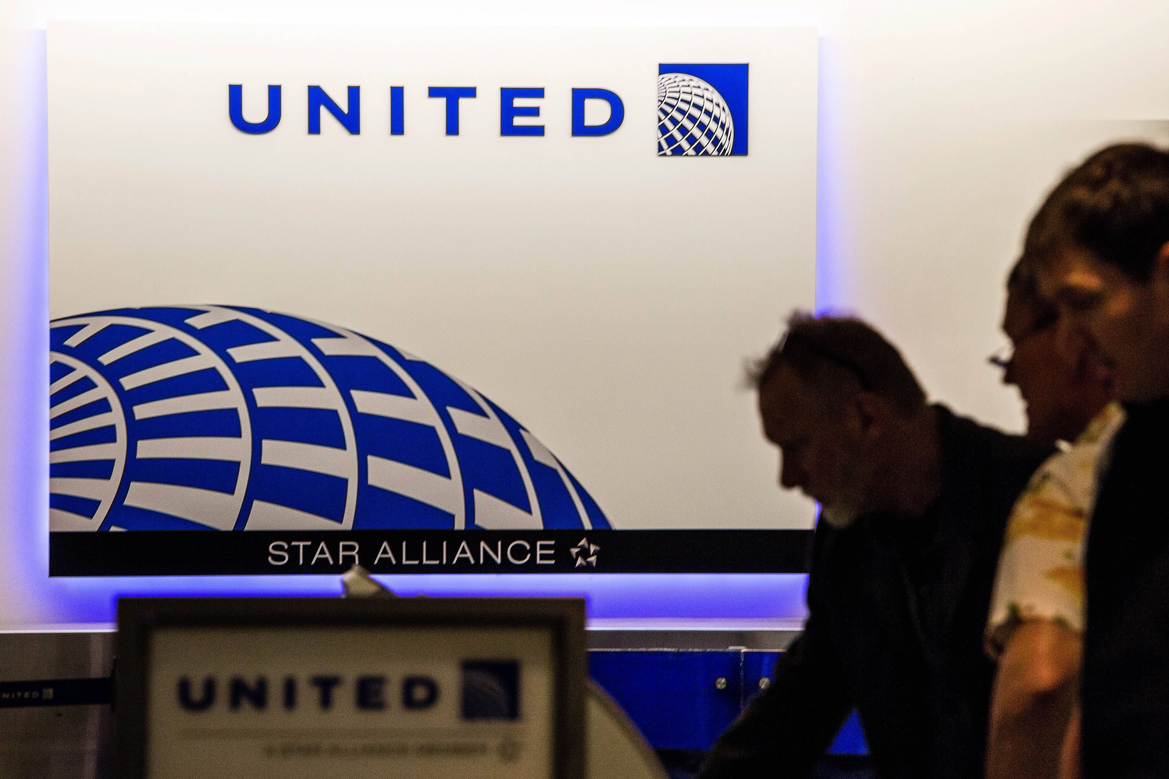 United Airlines admits several mistakes were made before, during and after a man was violently dragged off a flight earlier this month.