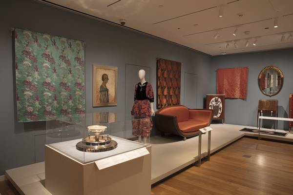 The Jazz Age American Style In 1920s Is Now On Display At