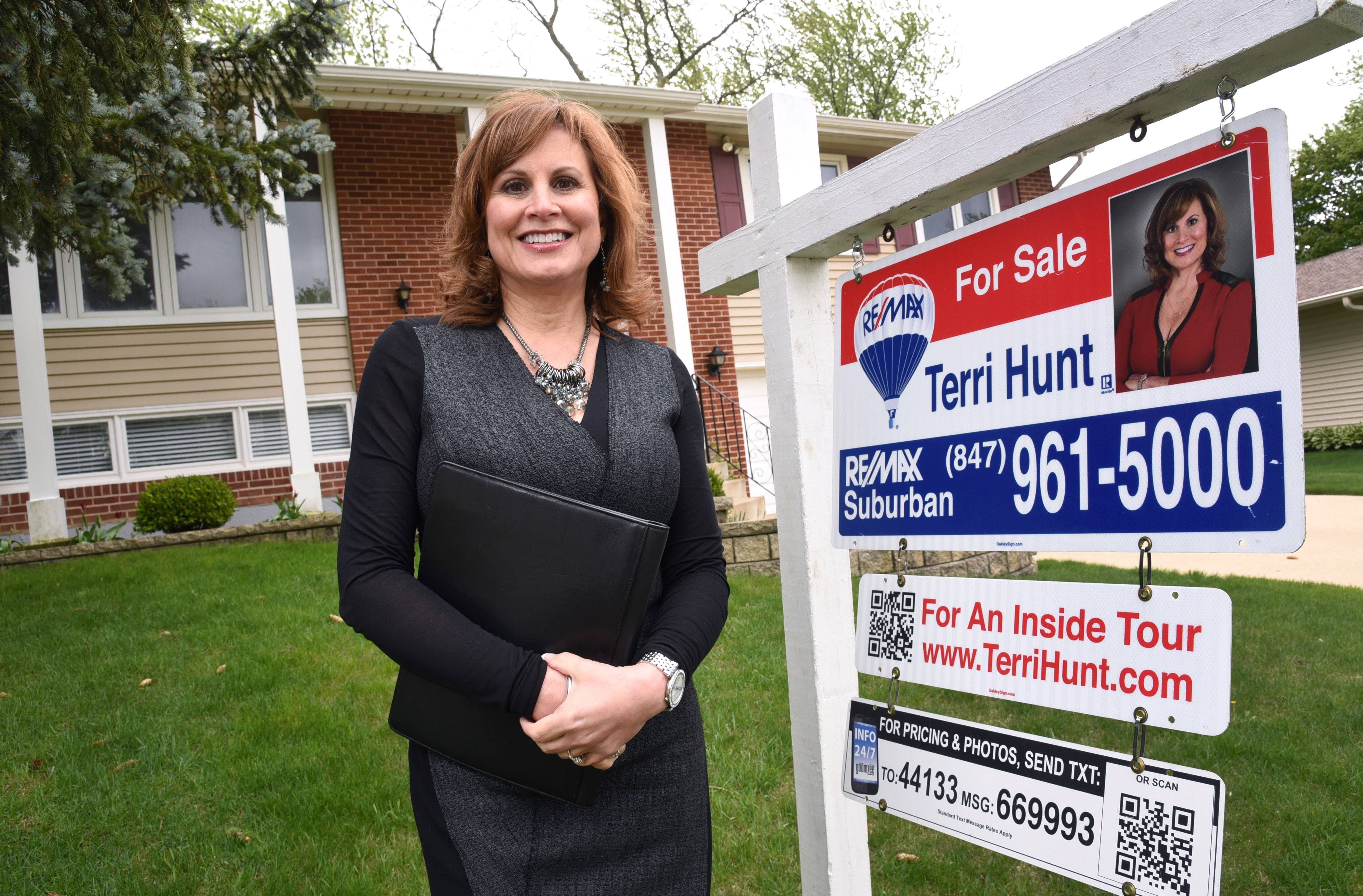 Real estate agent Terri Hunt of RE/MAX Suburban says there is a shortage of homes in the suburbs listed below $500,000.