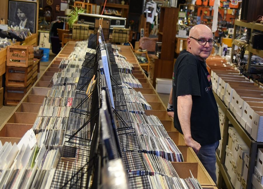 Batavia record shop ahead of the curve in vinyl comeback