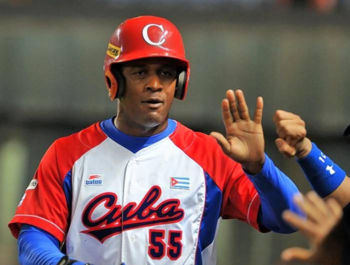 The White Sox see big potential in Cuban outfielder Luis Robert.