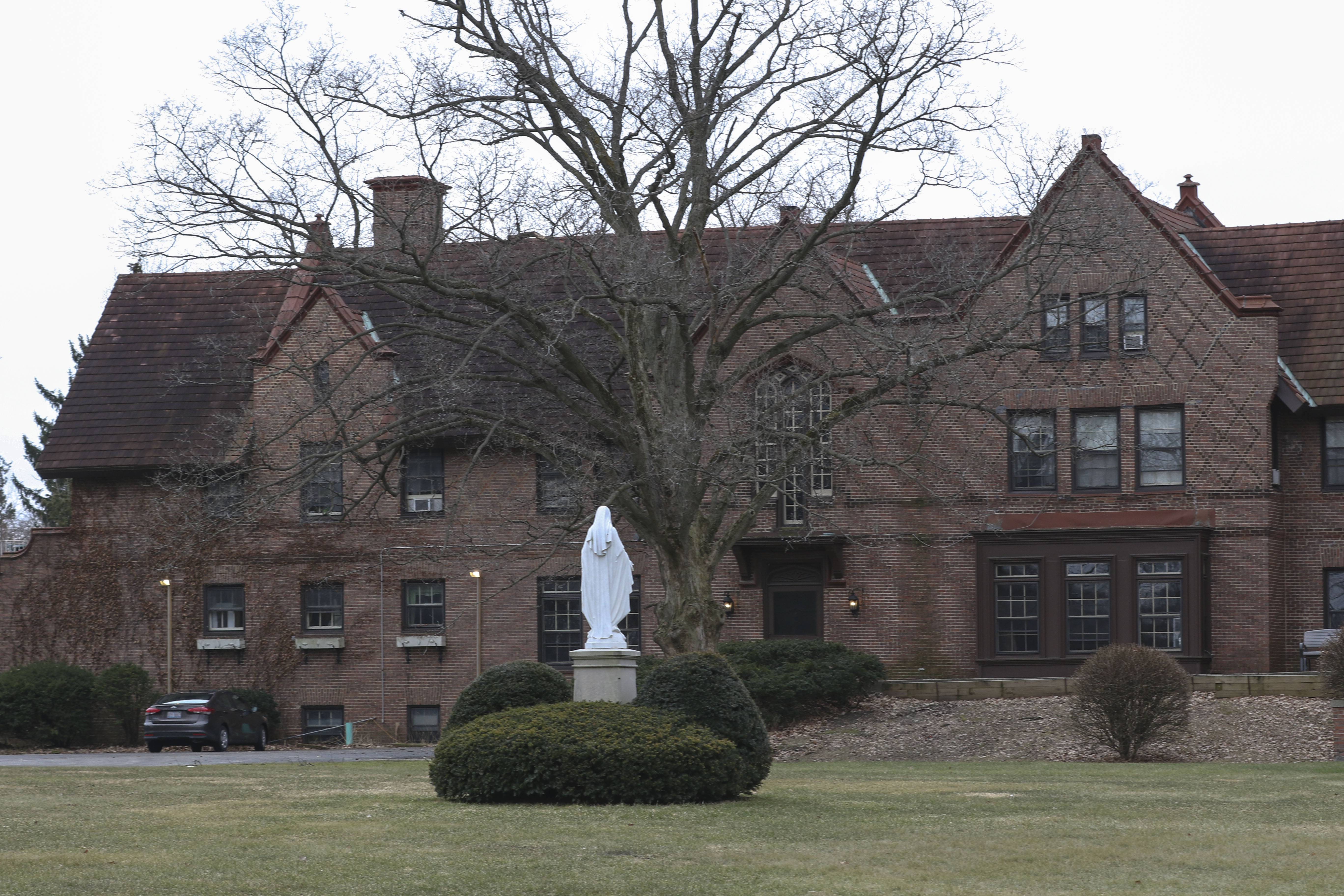 Could Wheaton Park District help save Loretto Convent building?