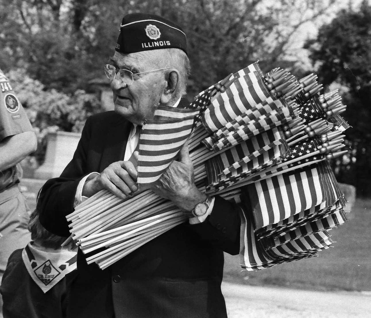 A veteran from Palatine gets ready for the Memorial Day parade.