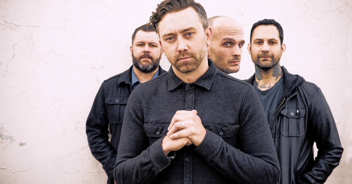 Lyric minor threat in my eyes lyrics : Rise Against kicks off tour in Chicago with politically charged ...