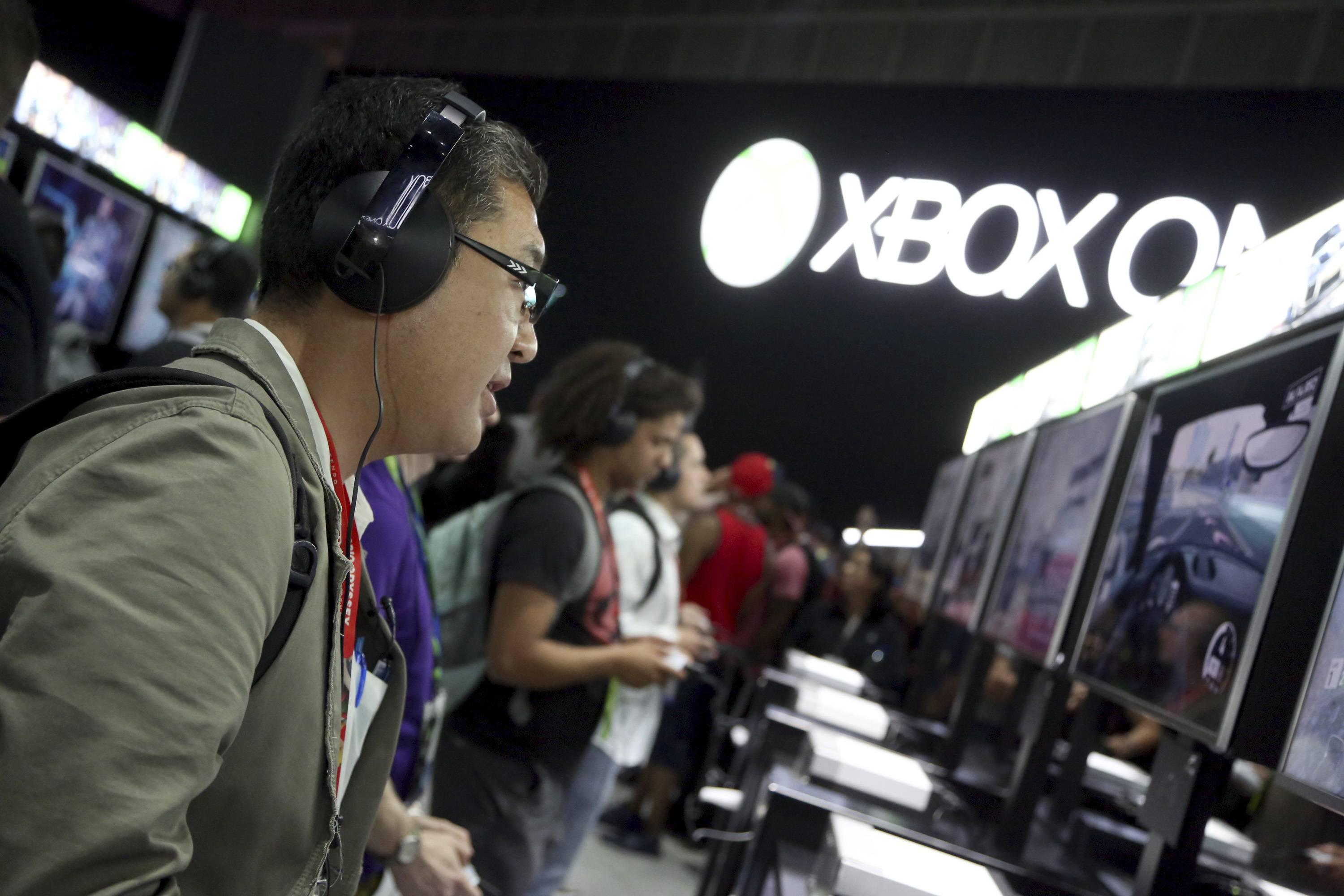 Microsoft bets on future of gaming consoles with Xbox One X