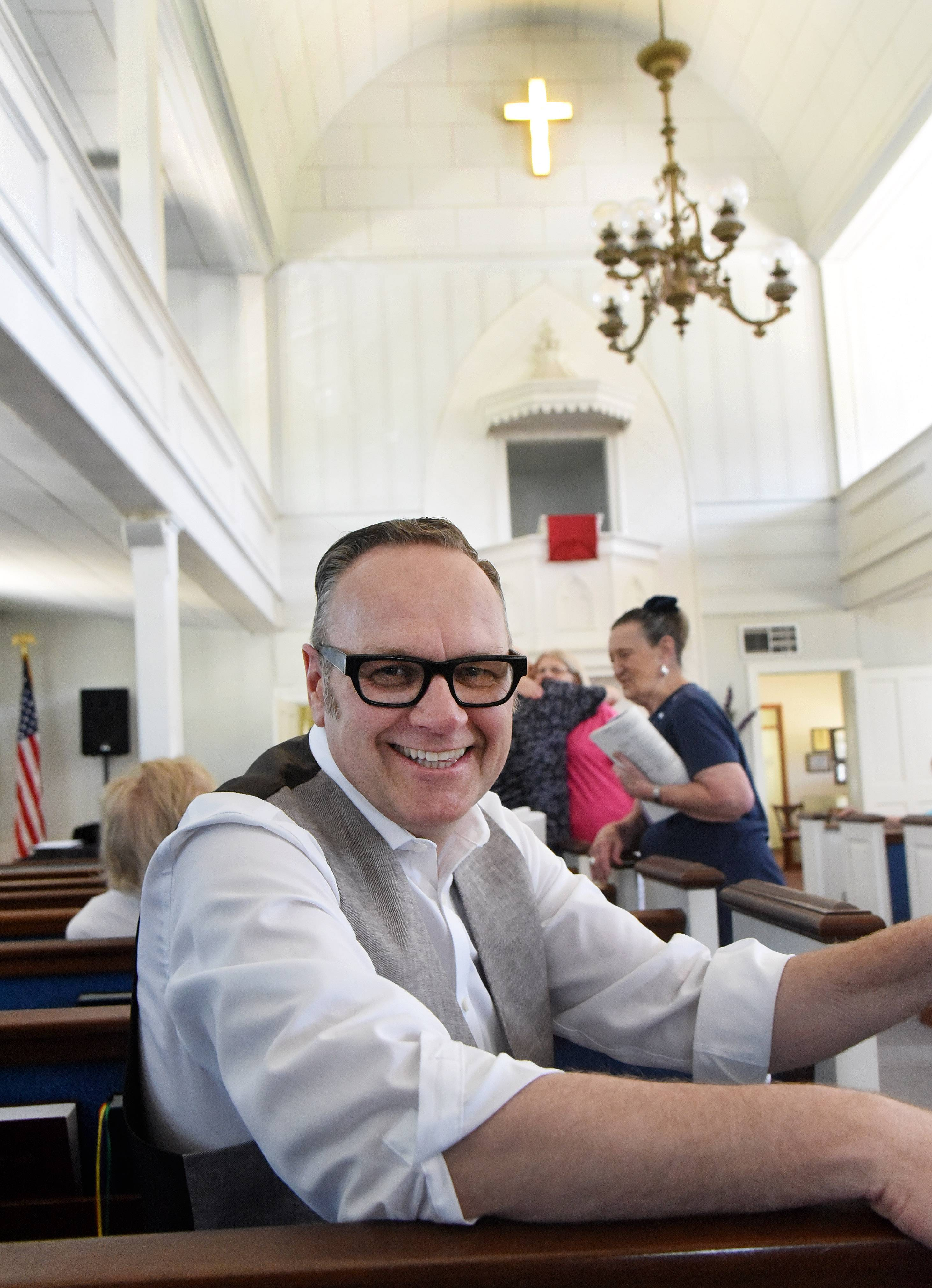 Fired after revealing gay marriage plans, music director helps launch new faith venture