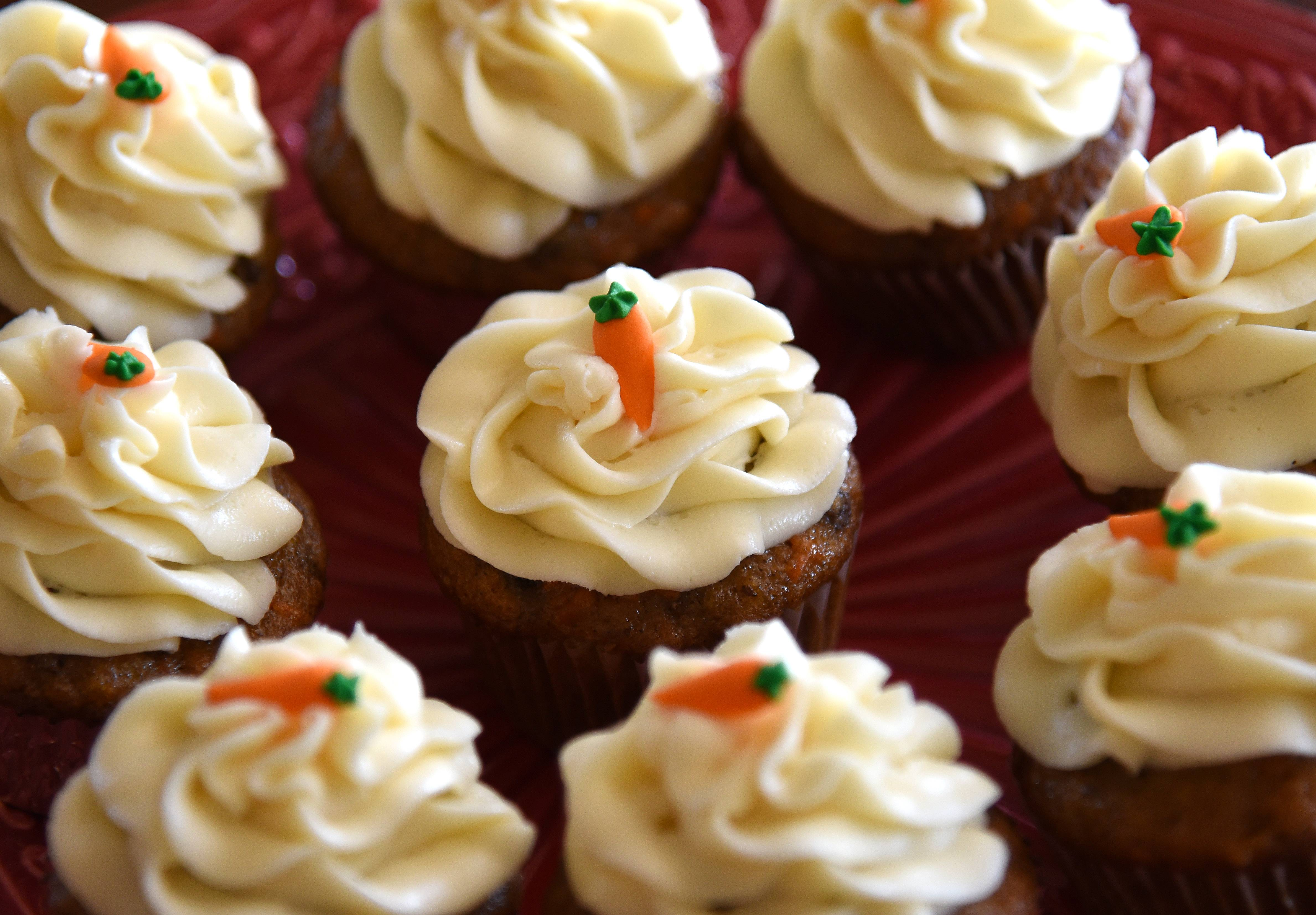 "Kane County health officials want to allow the sale of baked goods out of homes via the ""Cupcake Law."""