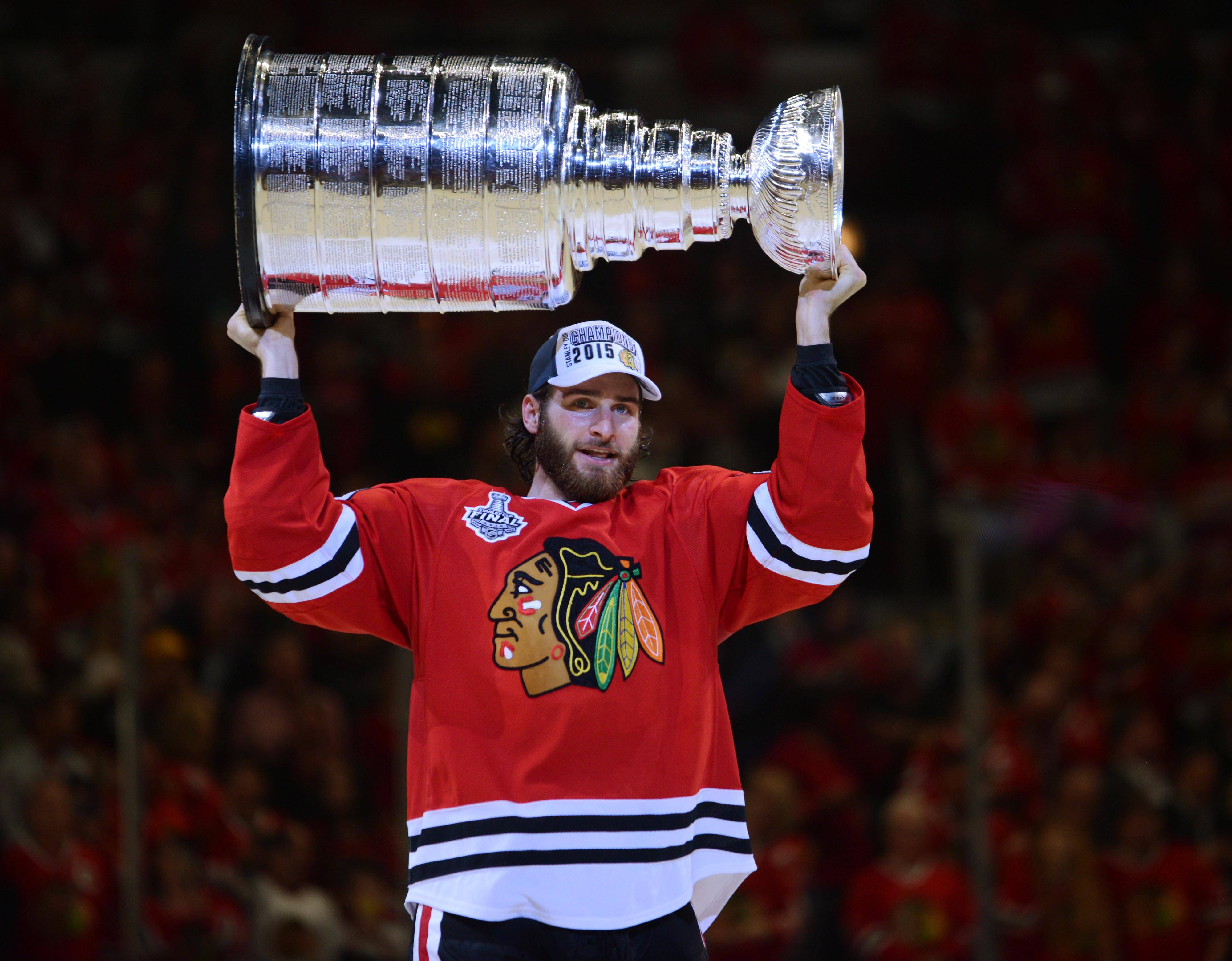 After two seasons in Columbus, left wing Brandon Saad with is returning to the Chicago Blackhawks.