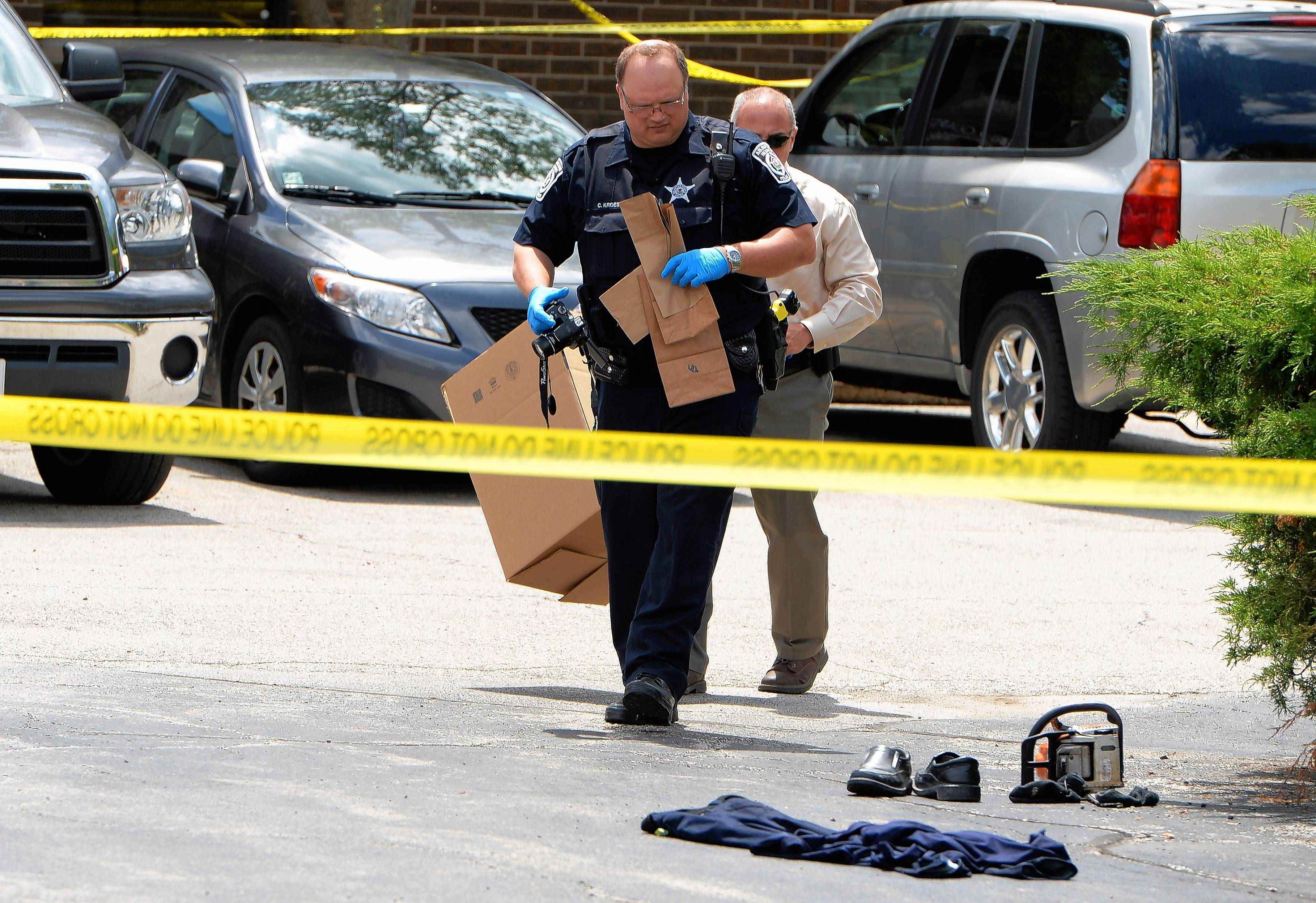 911 tapes reveal frantic scene of Arlington Heights chain saw attack