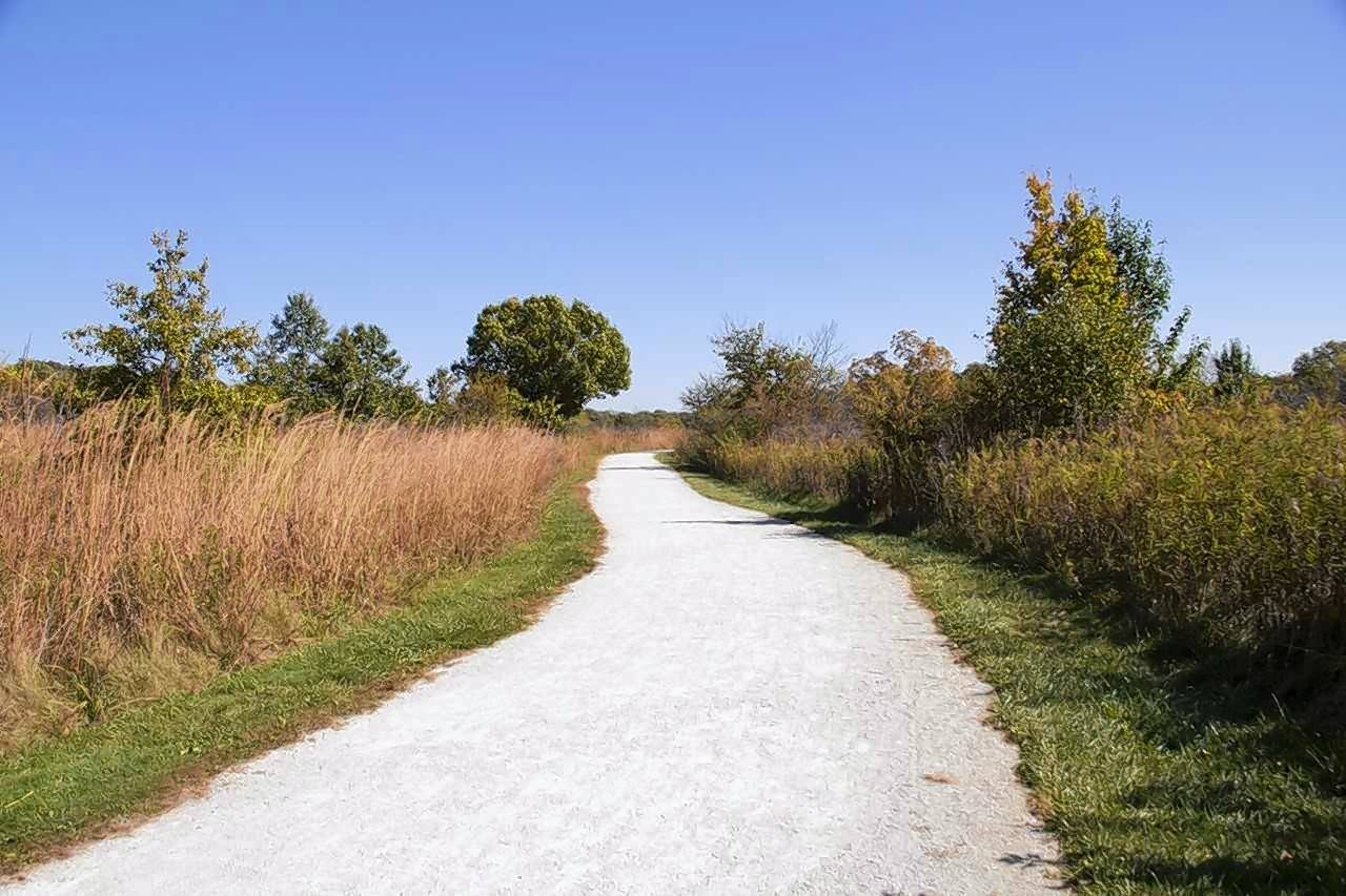 A link to Whalon Lake in Will County will make this trail in Greene Valley Forest Preserve in DuPage County part of the 40-mile DuPage River Regional Trail system.