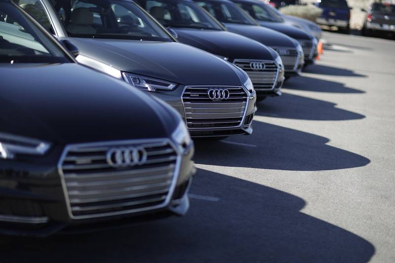 Federal regulators have approved a big swath of new airwaves for vehicle radar devices, opening the door to cheaper, more precise sensors that may accelerate the arrival of high-tech, next-generation cars.