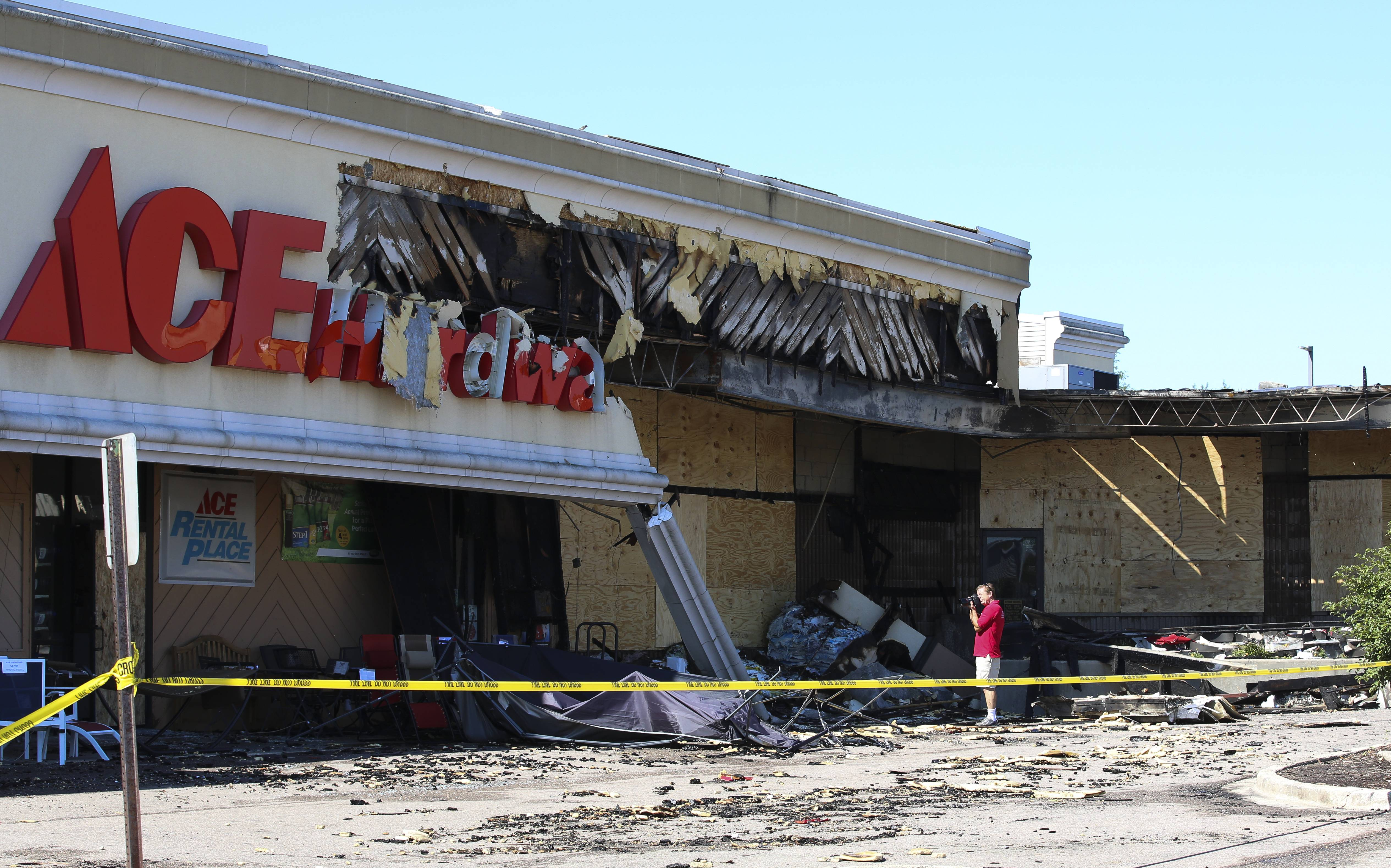 A fire early Monday morning in a Roselle shopping area caused more than $500,000 damage and forced the temporary closure of six businesses, authorities said.
