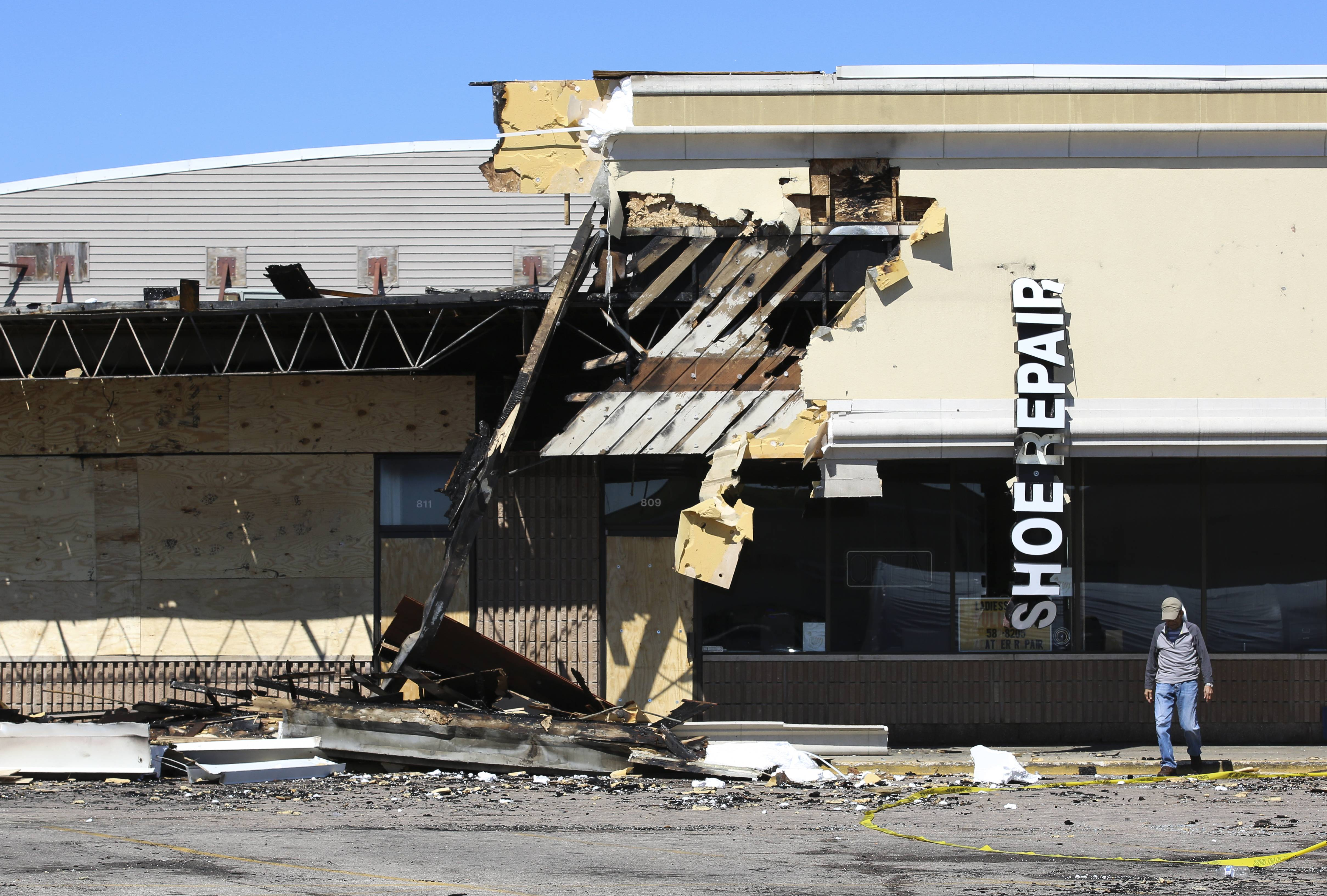 No injuries were reported early Monday morning in a fire that damaged six Roselle businesses at Cross Creek Commons shopping center at the southeast corner of Plum Grove and Nerge roads.