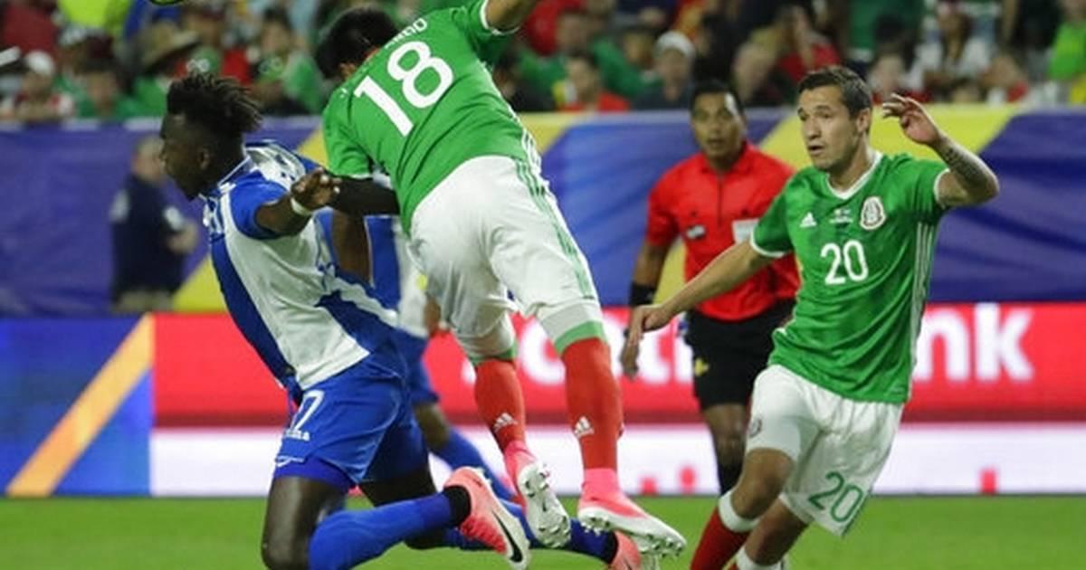 33bab5d83 Pizarro s goal gives Mexico 1-0 win over Honduras