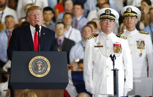 Trump: USS Ford is '100,000-ton message to the world'
