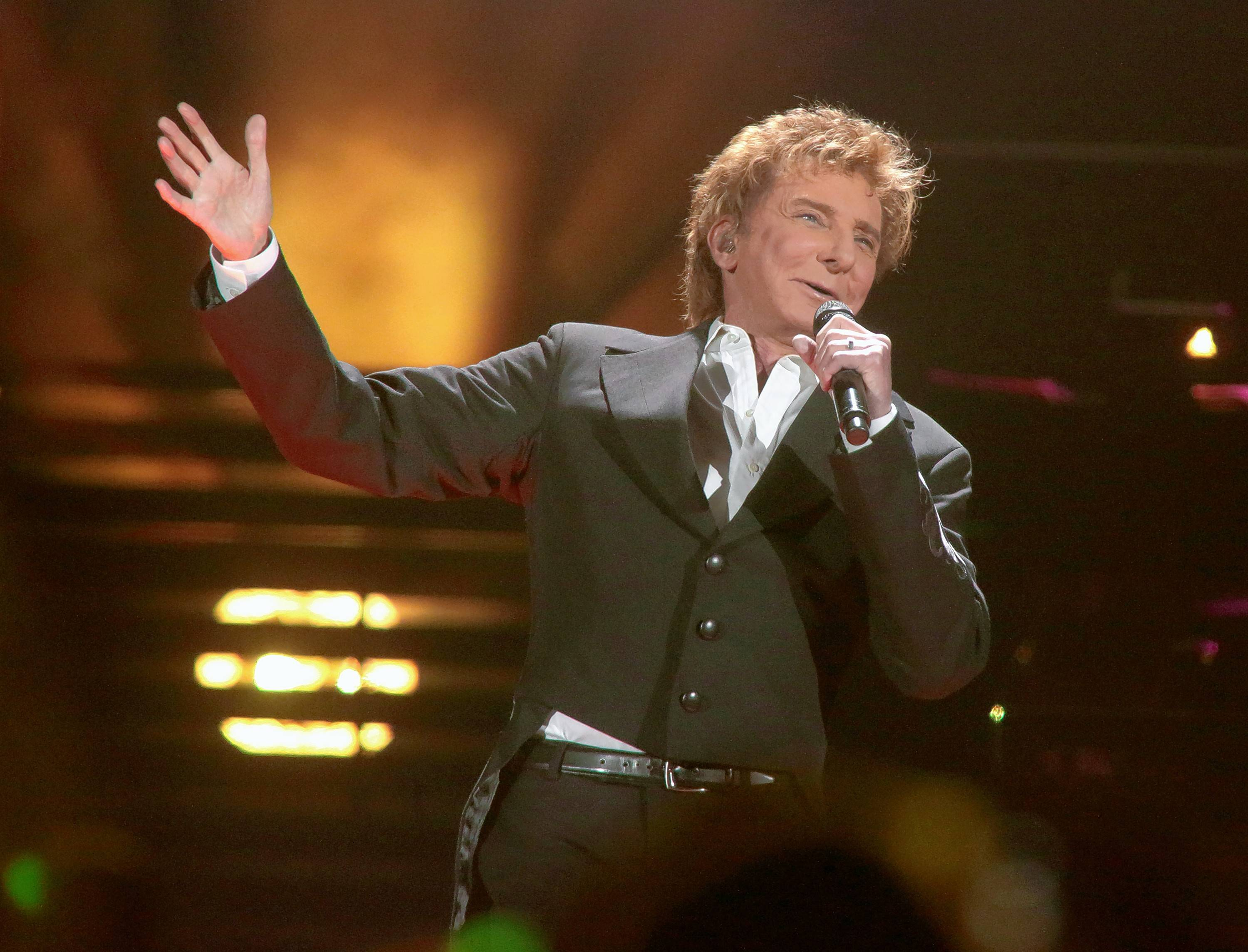 Grammy Award-winner Barry Manilow performs at his rescheduled Allstate Arena concert in Rosemont on Saturday, July 29.