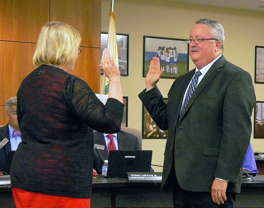 Schaumburg volunteer appointed to District 211 board seat