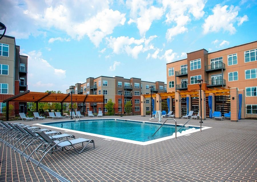 New upscale rental complex opens near Hamilton Lakes in Itasca
