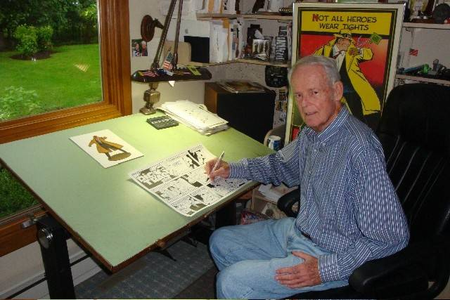 "Dick Locher of Naperville was the longtime artist of the ""Dick Tracy"" comic strip before his retirement in 2011. He died Sunday at age 88."