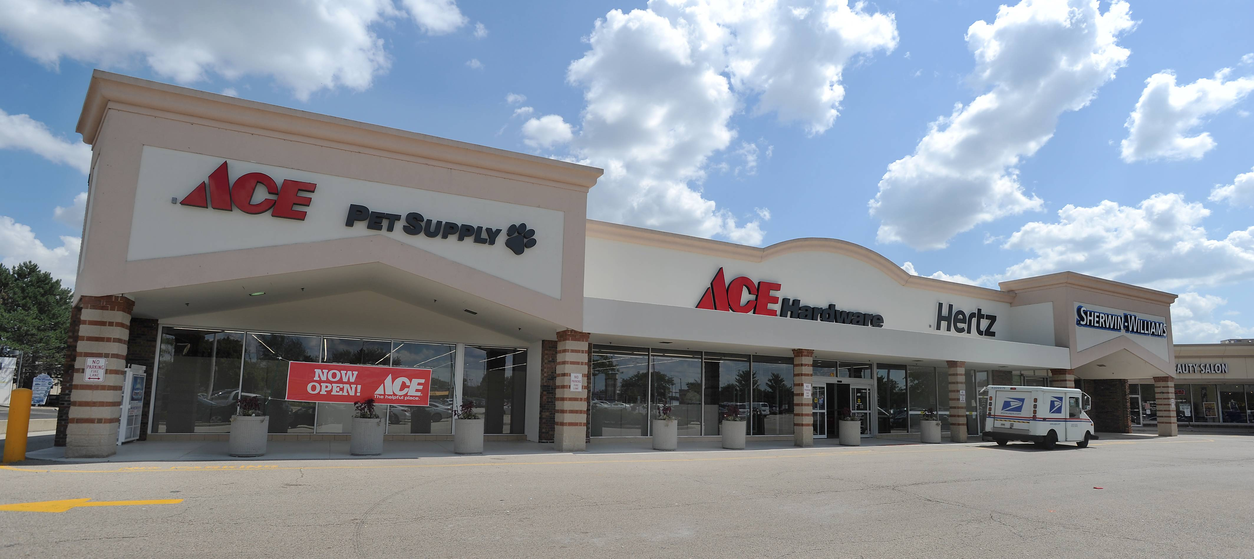 The new Ace Hardware at 675 W. Golf Road in Hoffman Estates on opening day Tuesday.