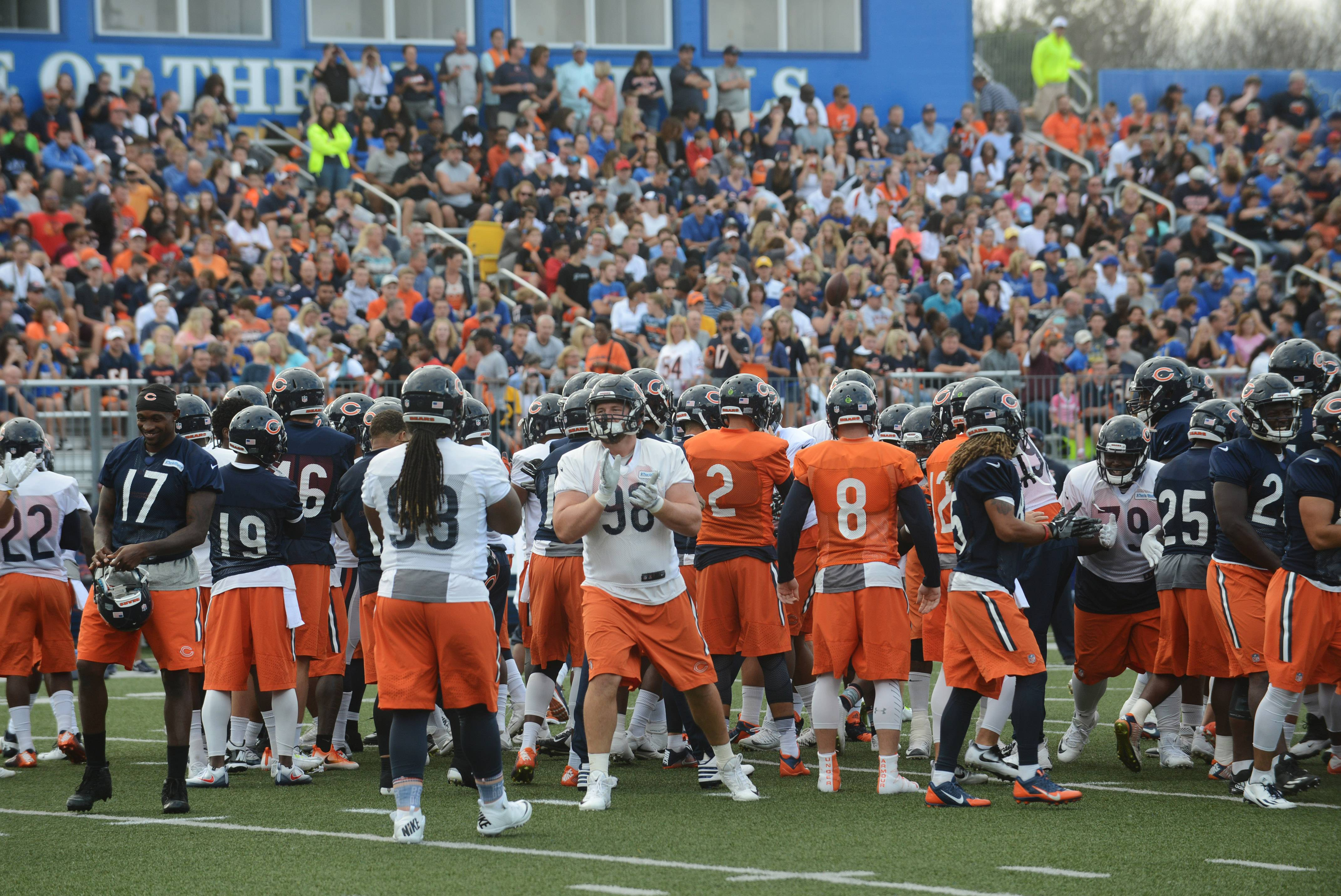 Tickets for Chicago Bears practice at Prospect High go quickly