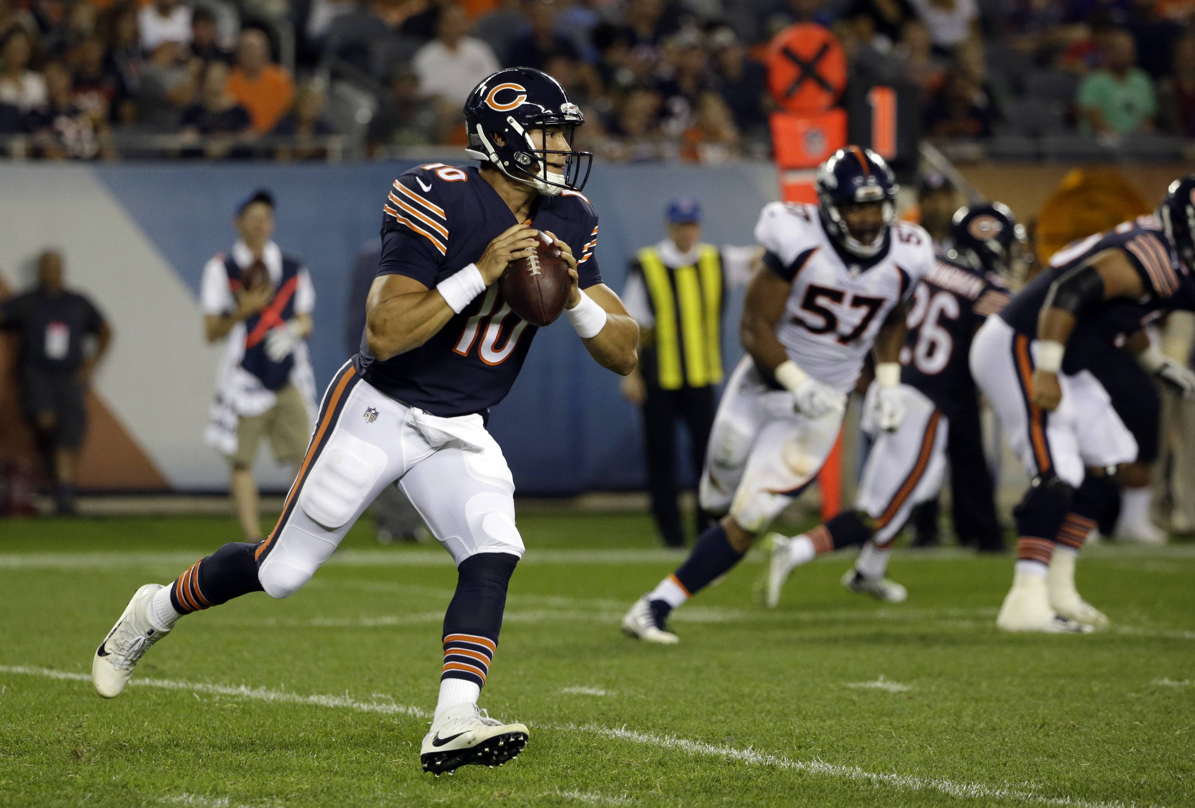 Trubisky's solid play opens door for Bears starting QB debate