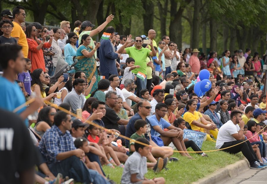 The parkway along Hillside Road is packed with paradegoers Sunday during third annual India Day Parade in Naperville.
