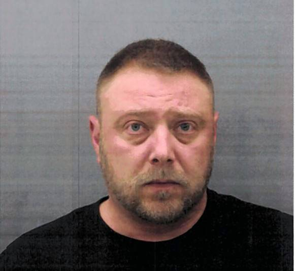 Police: Des Plaines man set fire to neighbor's gas meter, lawn