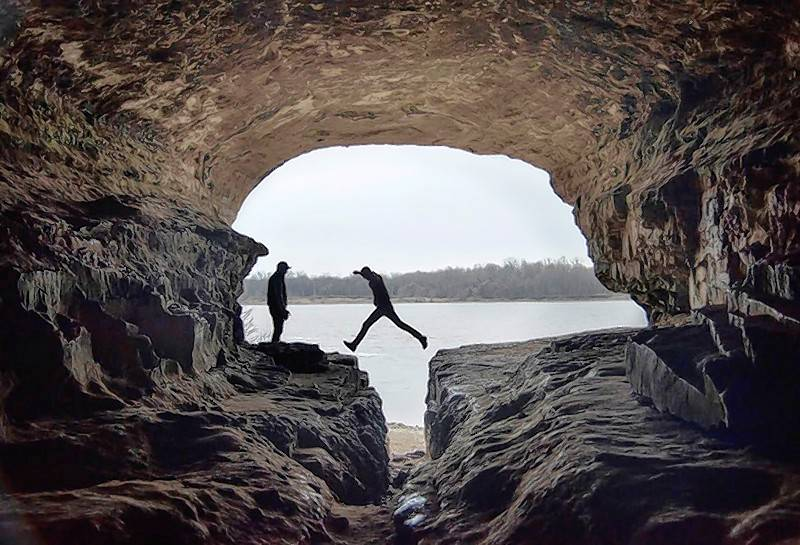 For a bit of history, visit Cave-In-Rock State Park along the Ohio River. The sandstone cavern along the river bank was known as a hideaway for pirates along the river during the 1800s.