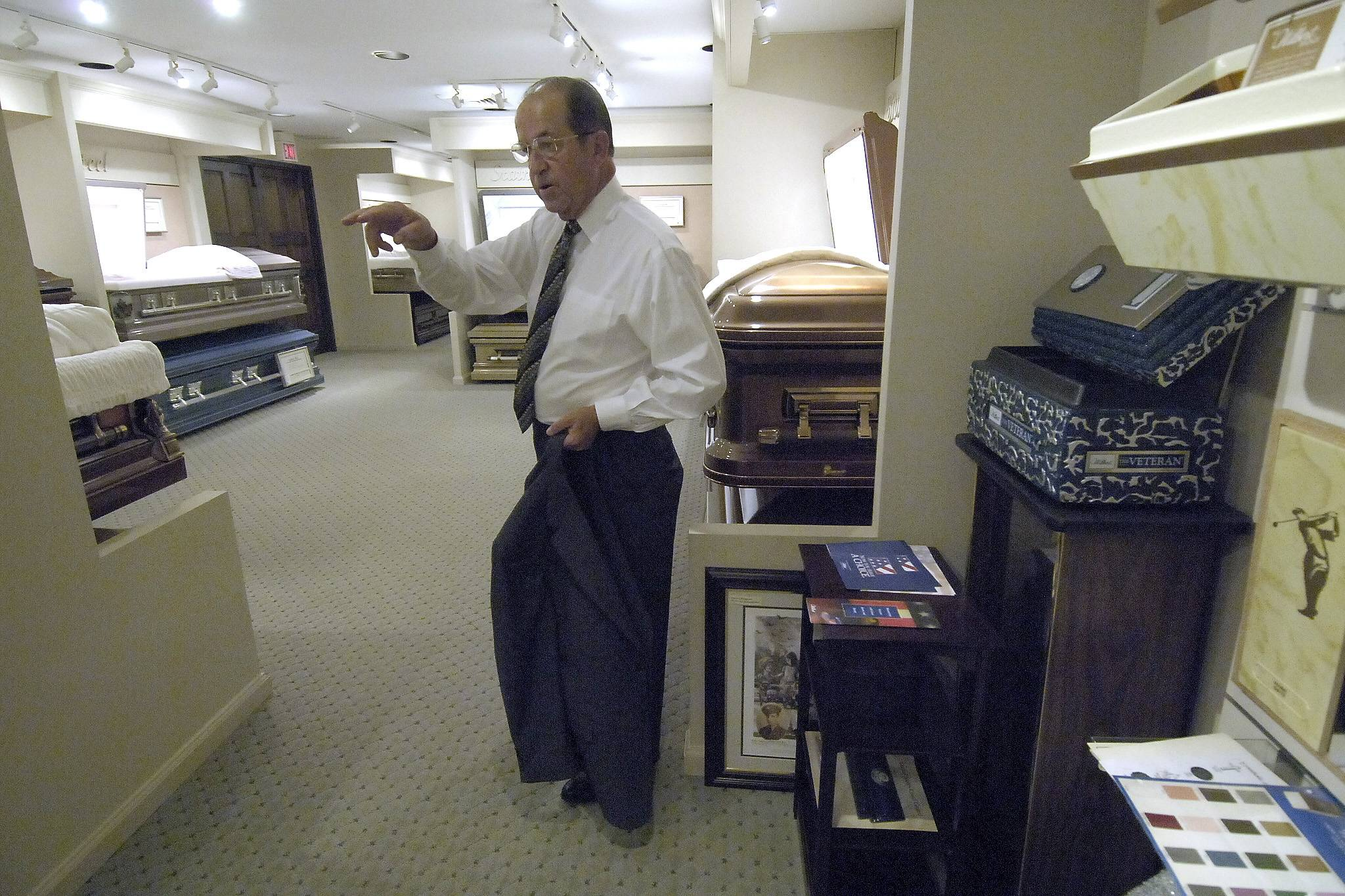 John Glueckert Sr. ran Glueckert Funeral Home in Arlington Heights, having bought the Haire Funeral Home where he was manager in 1970 and later renaming it.