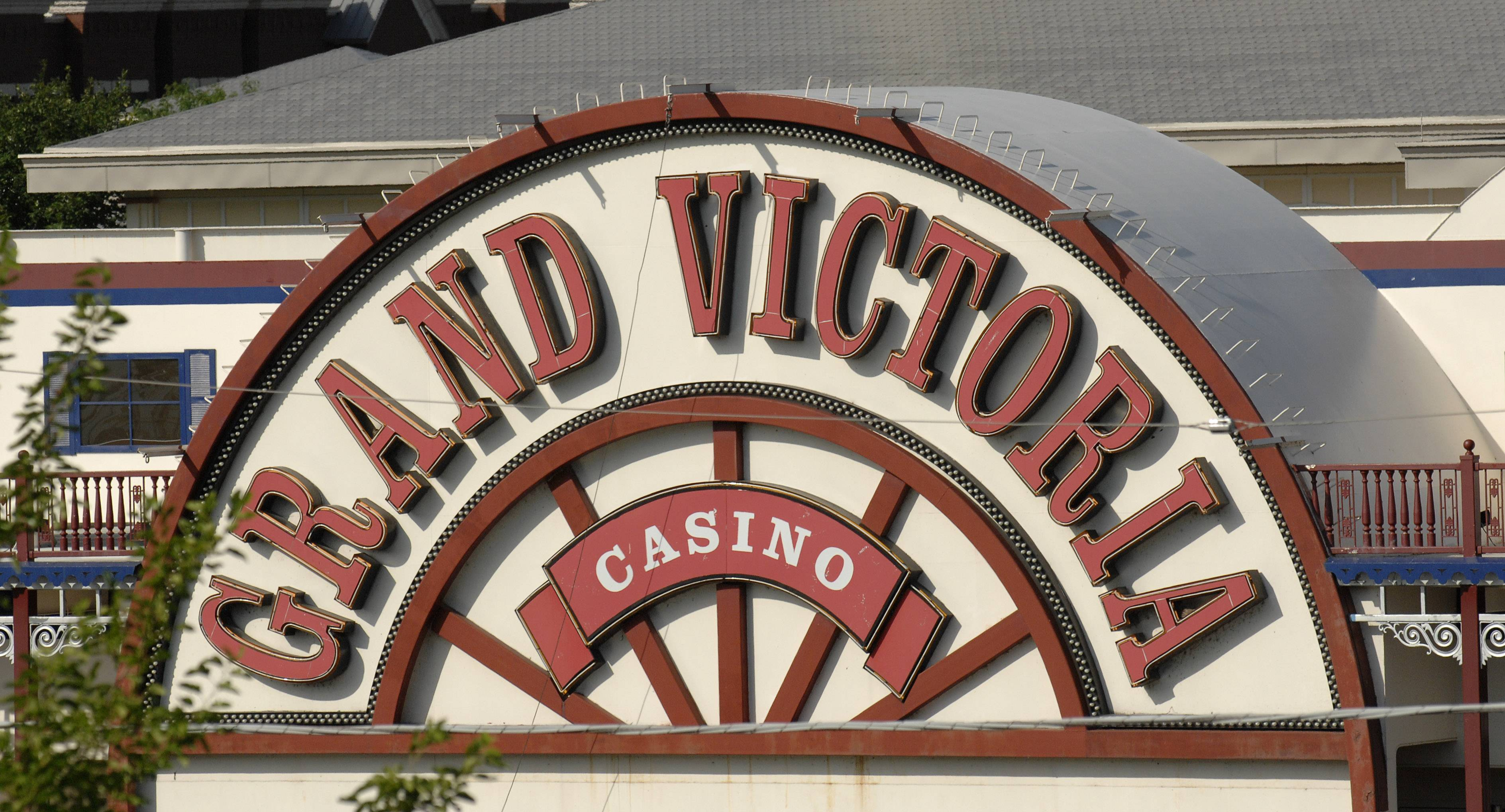 Kane County may combat falling revenue from the Grand Victoria Riverboat in Elgin by ending riverboat grants to local municipalities that have legal video gambling.
