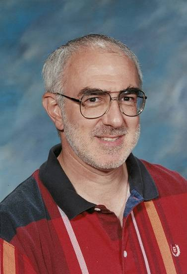 Michael Miele taught for more than 30 years at Hadley Junior High School in Glen Ellyn. He died from an apparent heart attack Aug. 8.