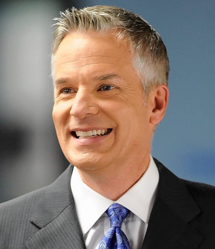 WGN-Channel 9 News Anchor Mark Suppelsa Plans To Retire