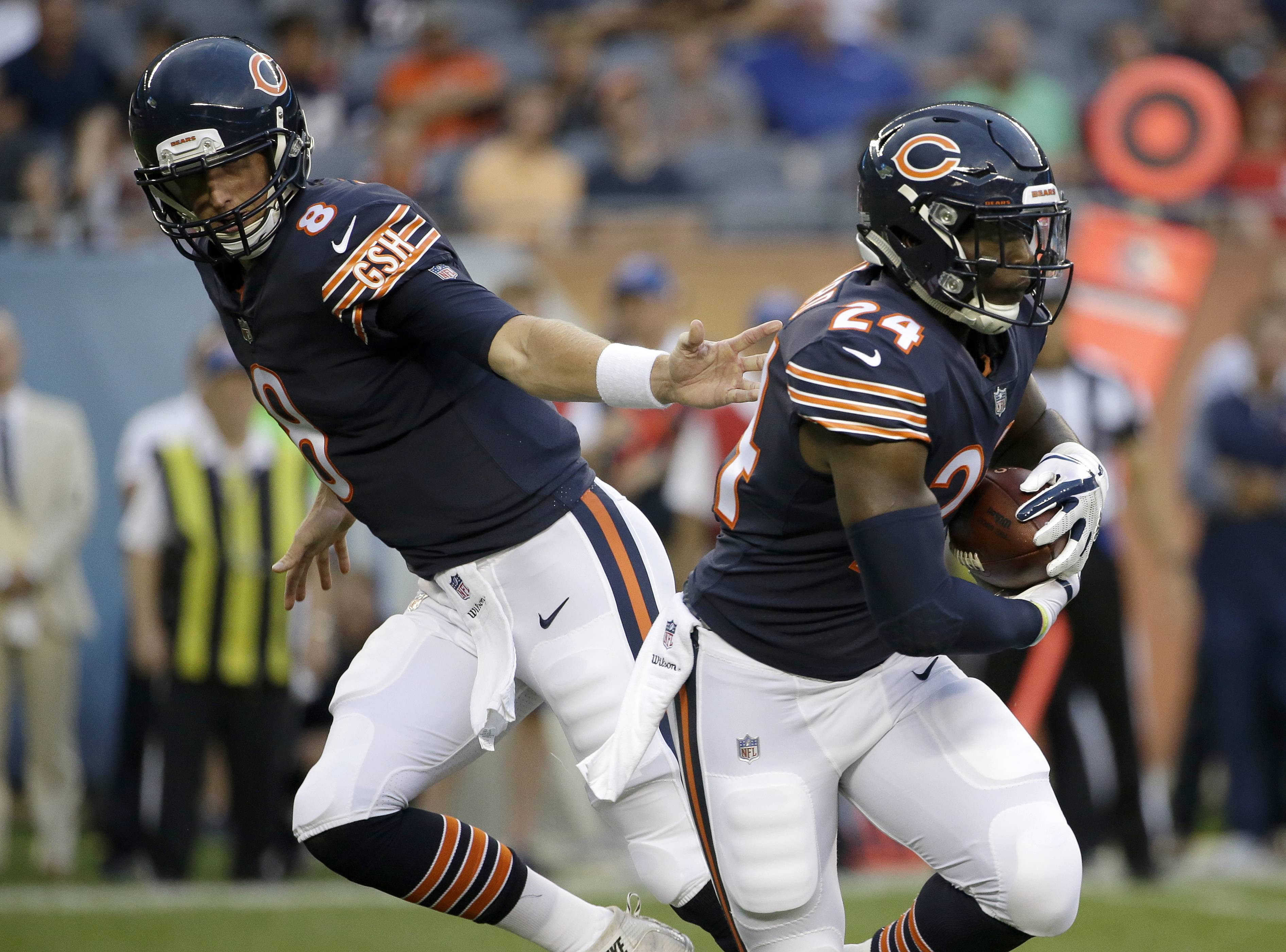 Chicago Bears running back Jordan Howard, right, might not have had many carries in the Bears' preseason opener, but he's still expected to carry the load this season.