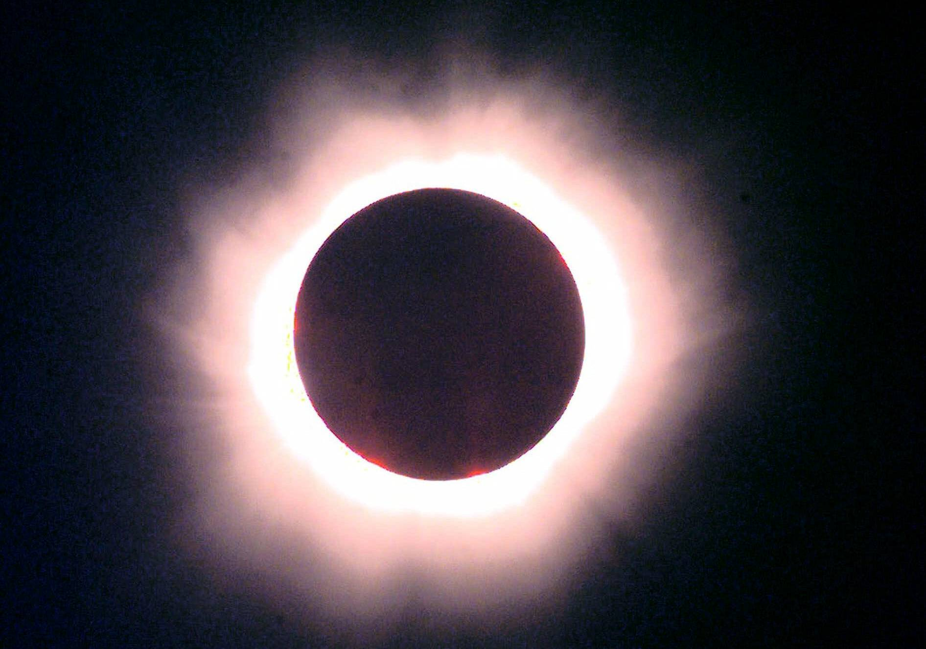 This total solar eclipse took place above Saint Pierre du Port near Normandy, France, in 1999.
