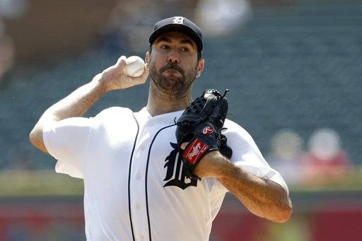 Detroit Tigers starting pitcher Justin Verlander throws during the first inning of a baseball game against the Los Angeles Dodgers, Sunday, Aug. 20, 2017, in Detroit. (AP Photo/Carlos Osorio)