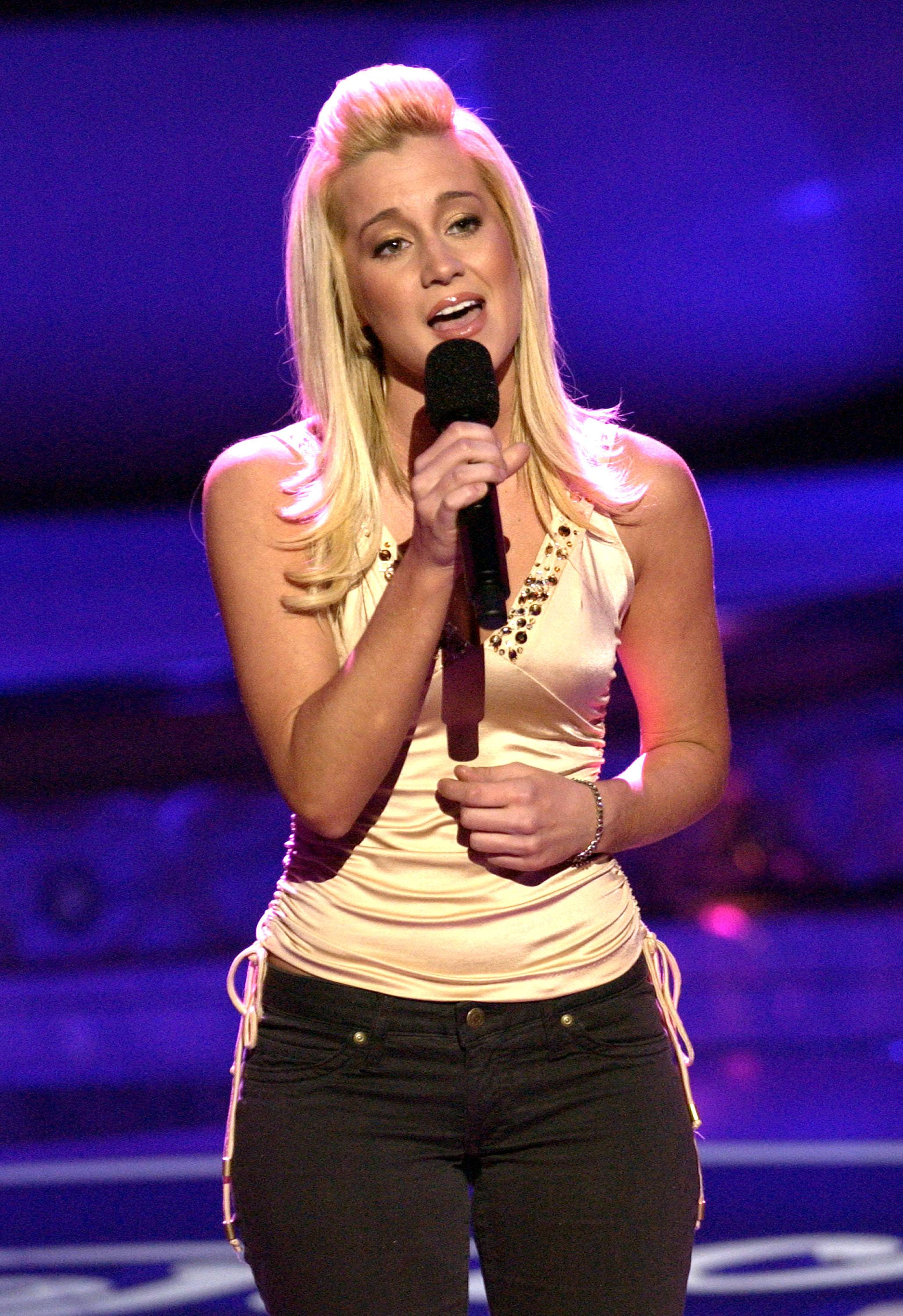 "Country singer Kellie Pickler performs with Phil Vassar in ""A Christmas Tour."""