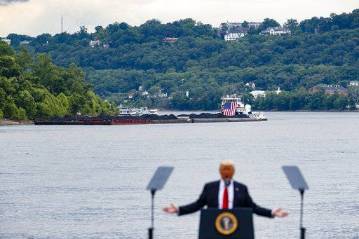 Trump rebuffs coal industry; CEO claims promise broken