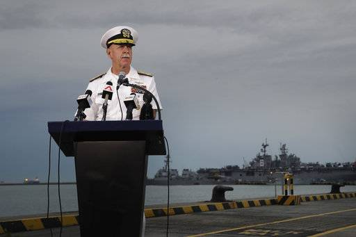 Navies search for 10 US sailors as 7th Fleet review ordered
