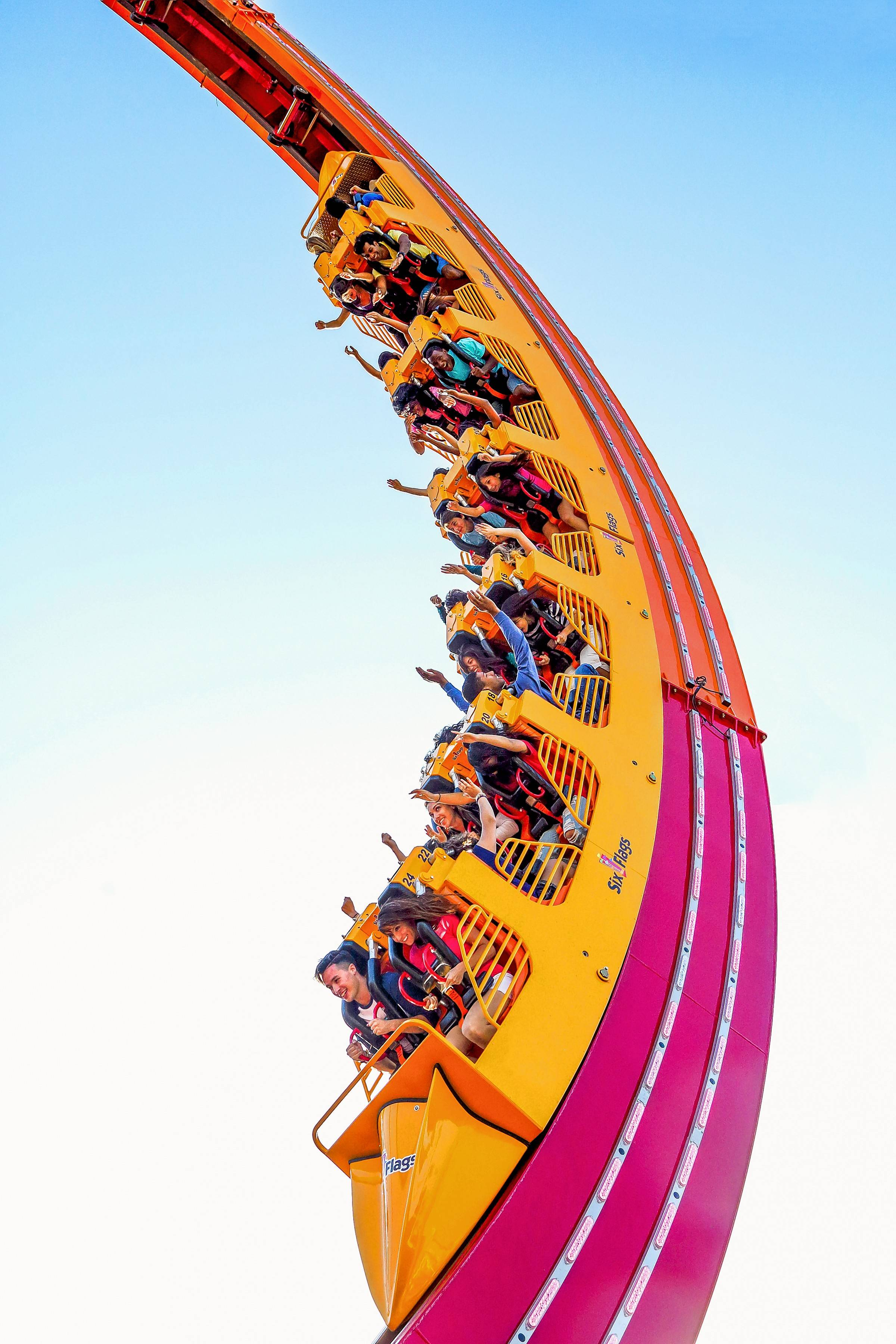Six Flags Great America to debut world's largest 'loop coaster' in ...