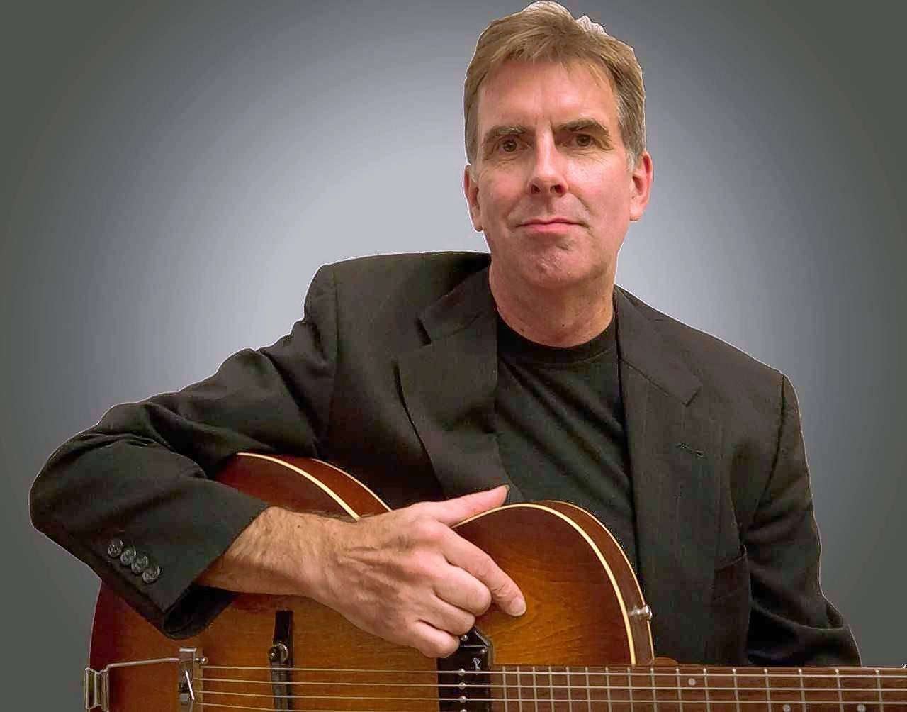 David Onderdonk, a professional guitarist, has toured and recorded with Fred Simon, Marlene Rosenberg, Fareed Haque, Kurt Elling, Terry Callier and others. He will perform and lead a workshop at Oakton's Guitar Festival.