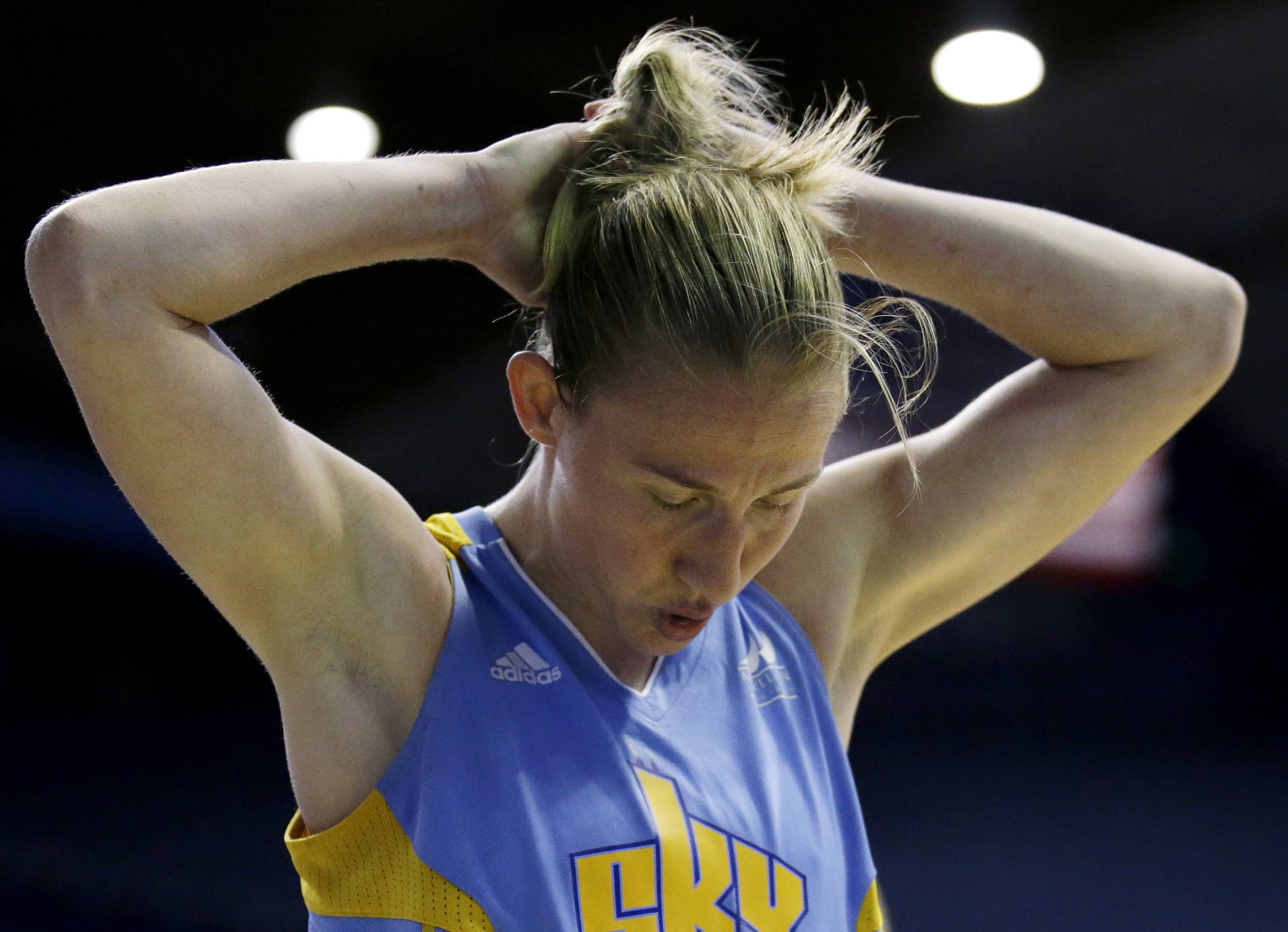 Chicago Sky guard Courtney Vandersloot reacts to a foul called on her during the second half of a WNBA basketball game Dallas Wings, Wednesday, Aug. 30, 2017, in Rosemont, Ill. Tpphe Wings won 99-96.