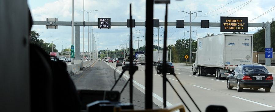 Pace and the Illinois tollway debuted a new SmartRoad on I-90 Tuesday with digital message boards and the capability to allow express buses to ride on the shoulder lanes when traffic occurs.